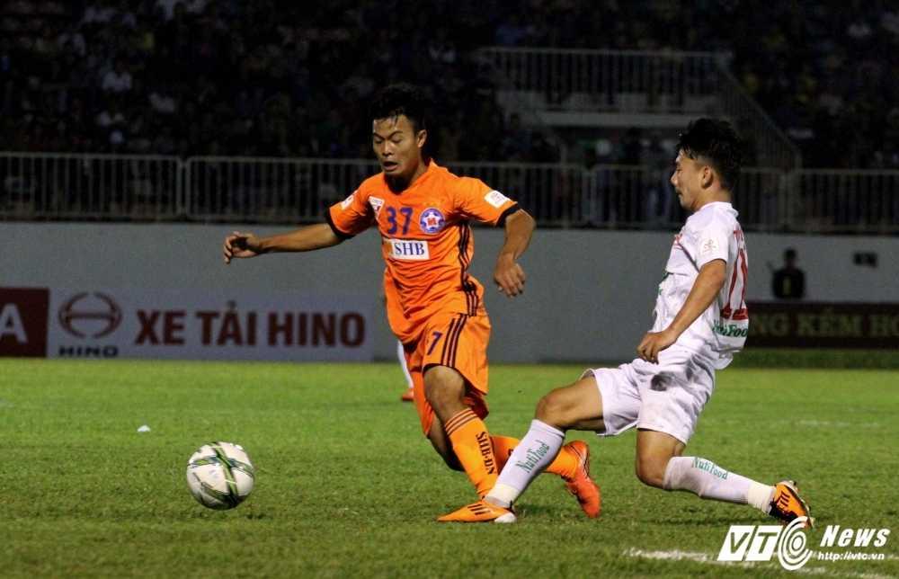 U23 Viet Nam hoi quan: Cho the he vang moi cua Cong Phuong, Quang Hai hinh anh 3