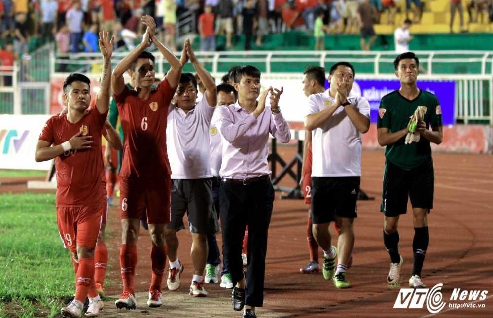 Quyen chu tich Le Cong Vinh: 'Cau thu phai ton trong nghe nghiep dang nuoi song ho' hinh anh 2