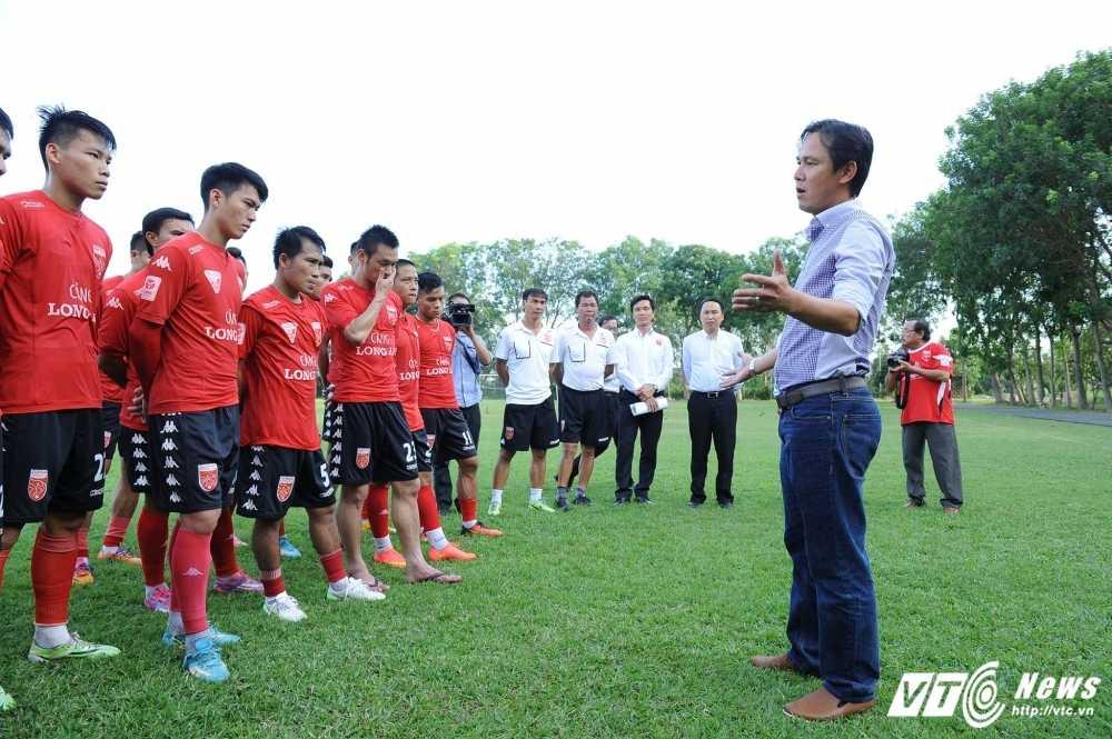 HLV HAGL: 'That kho de Minh Phuong lam duoc nhieu dieu chi trong 1 ngay' hinh anh 1
