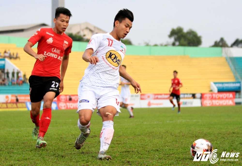 Cong Phuong choi qua dong doi, Van Thanh vui ve noi cam on hinh anh 2