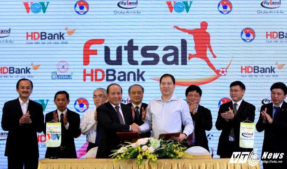 VOV dong hanh cung VFF to chuc giai Futsal VDQG HDBank 2017 hinh anh 3
