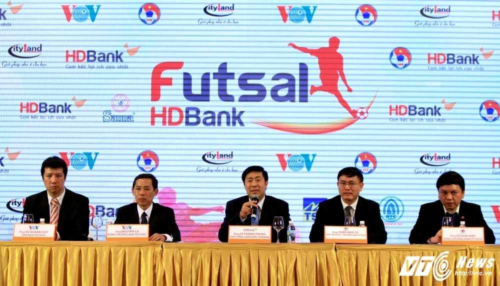 VOV dong hanh cung VFF to chuc giai Futsal VDQG HDBank 2017 hinh anh 5