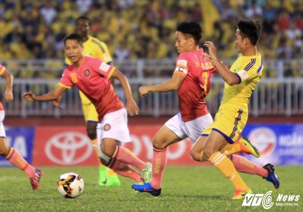 Thua Sai Gon FC, HLV SLNA xin loi nguoi ham mo hinh anh 1