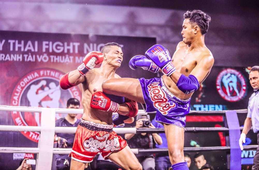Nhung cu don man nhan trong su kien 'Muay Thai Fight Night' o TP.HCM hinh anh 4