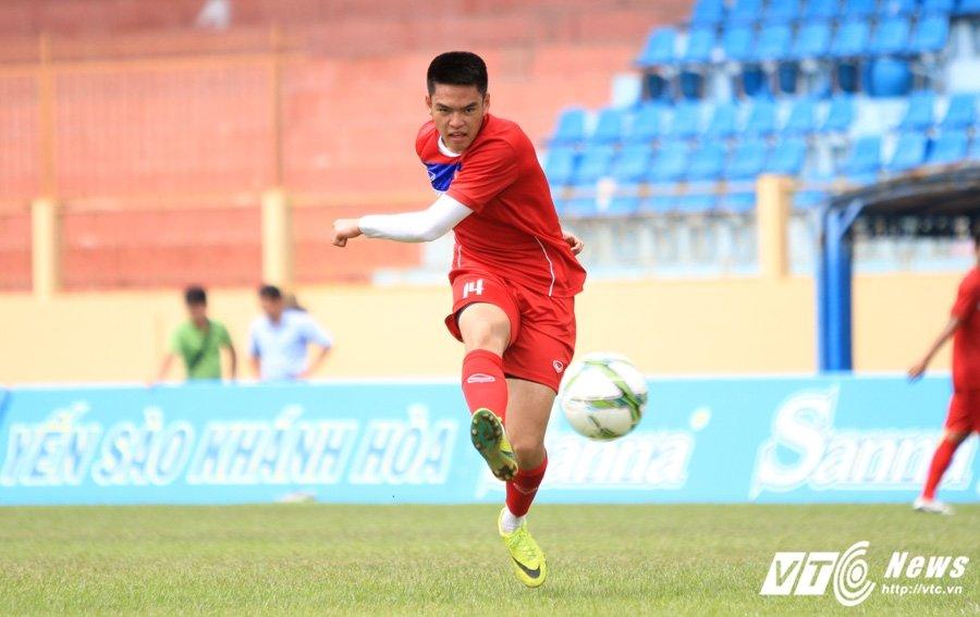 Cau thu Viet kieu Tony Le Tuan Anh: Bai hoc that bai nho doi o U20 Viet Nam hinh anh 2