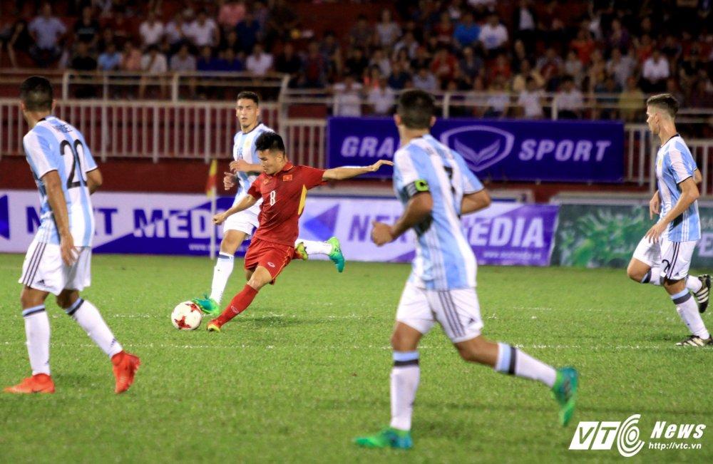 Ai se giup U20 Viet Nam voi bot noi lo truoc them World Cup U20? hinh anh 1