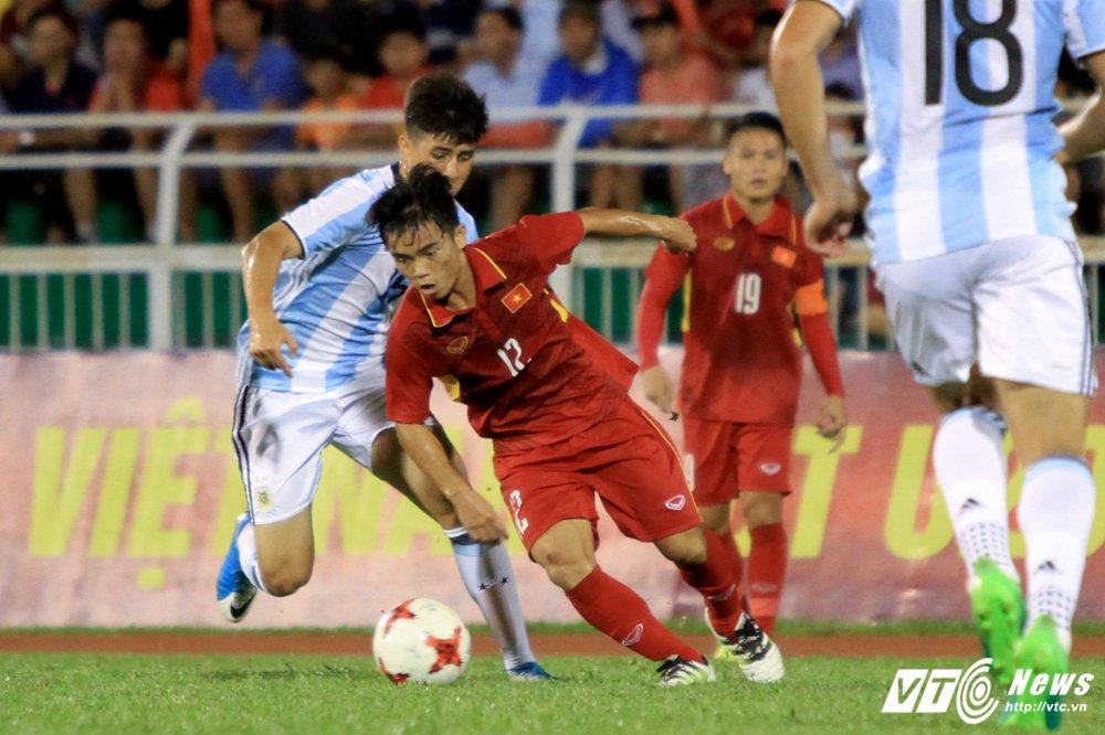 Ai se giup U20 Viet Nam voi bot noi lo truoc them World Cup U20? hinh anh 2