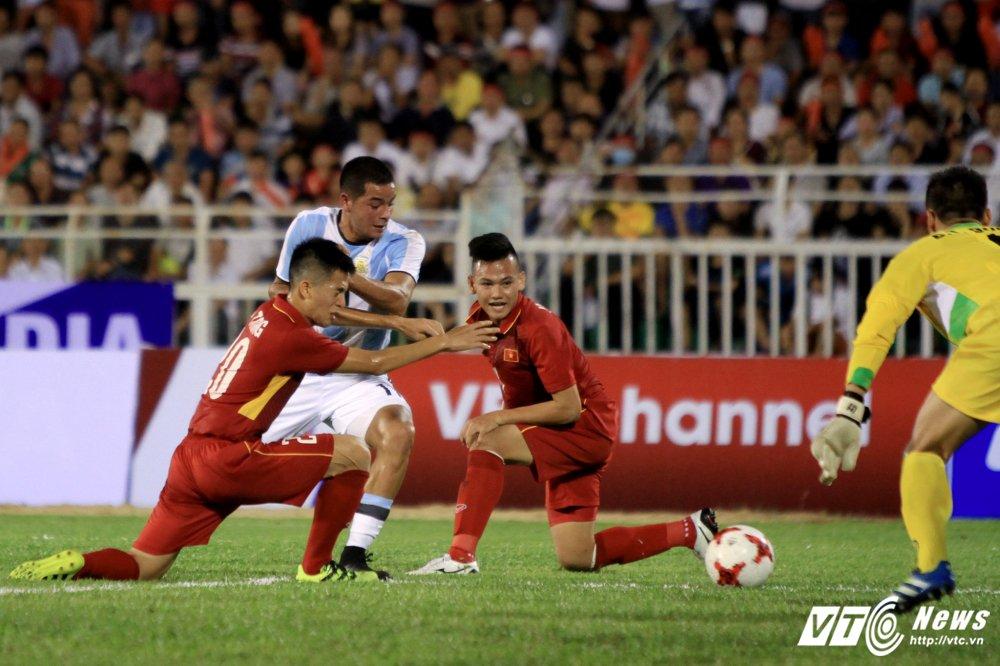 U20 Viet Nam on lai bai hoc sau tran thua dau don U20 Argentina hinh anh 1