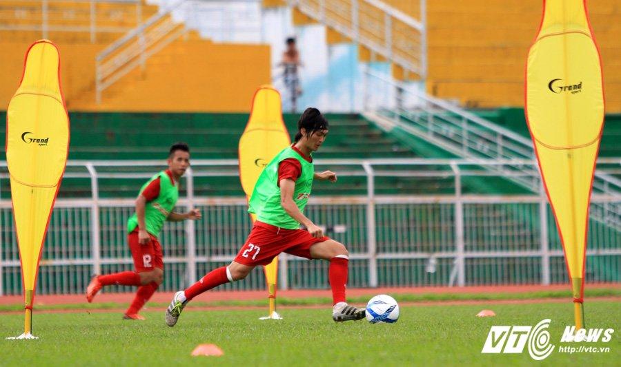 HLV Huu Thang chiu thua cai nong Sai Gon hinh anh 4