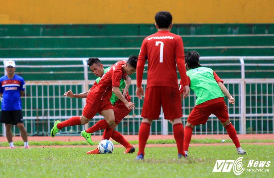 HLV Huu Thang chiu thua cai nong Sai Gon hinh anh 8