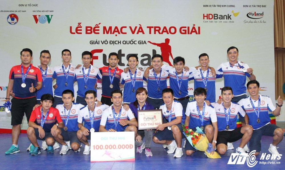 Tuyen Futsal Viet Nam tap trung: Lai bi nghi ngo uu ai Thai Son Nam, Thai Son Bac hinh anh 4