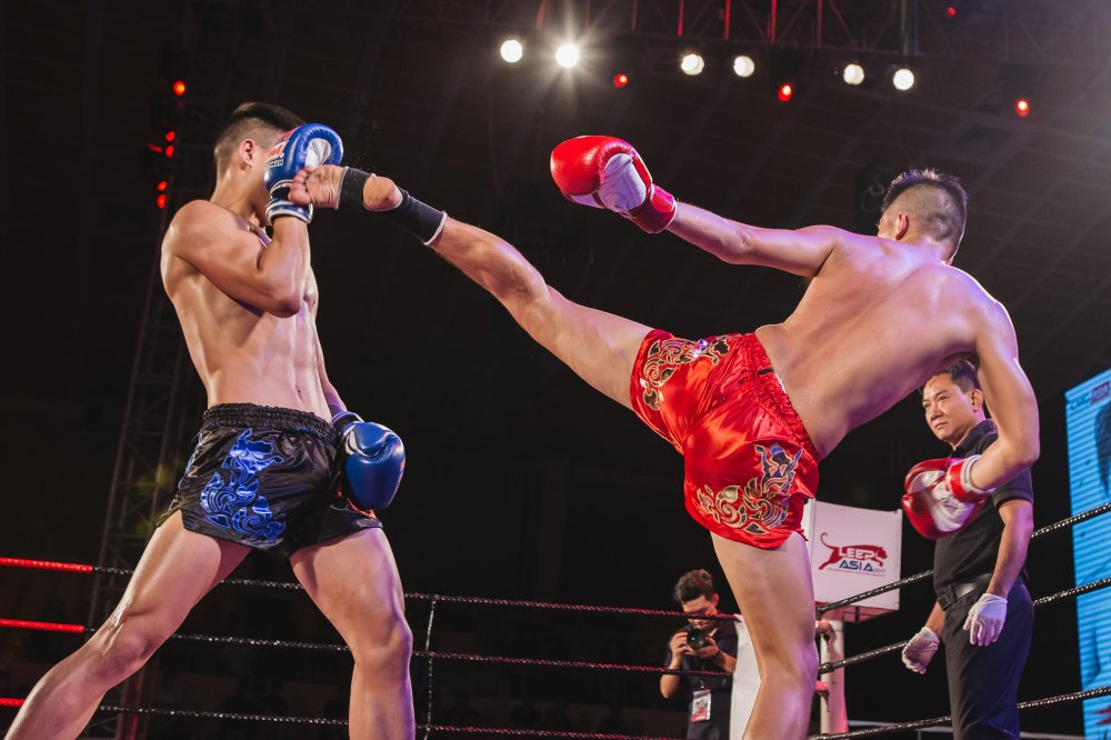 Muay Thai Fight Night: Dem cua nhung cuoc doi dau dinh cao hinh anh 1