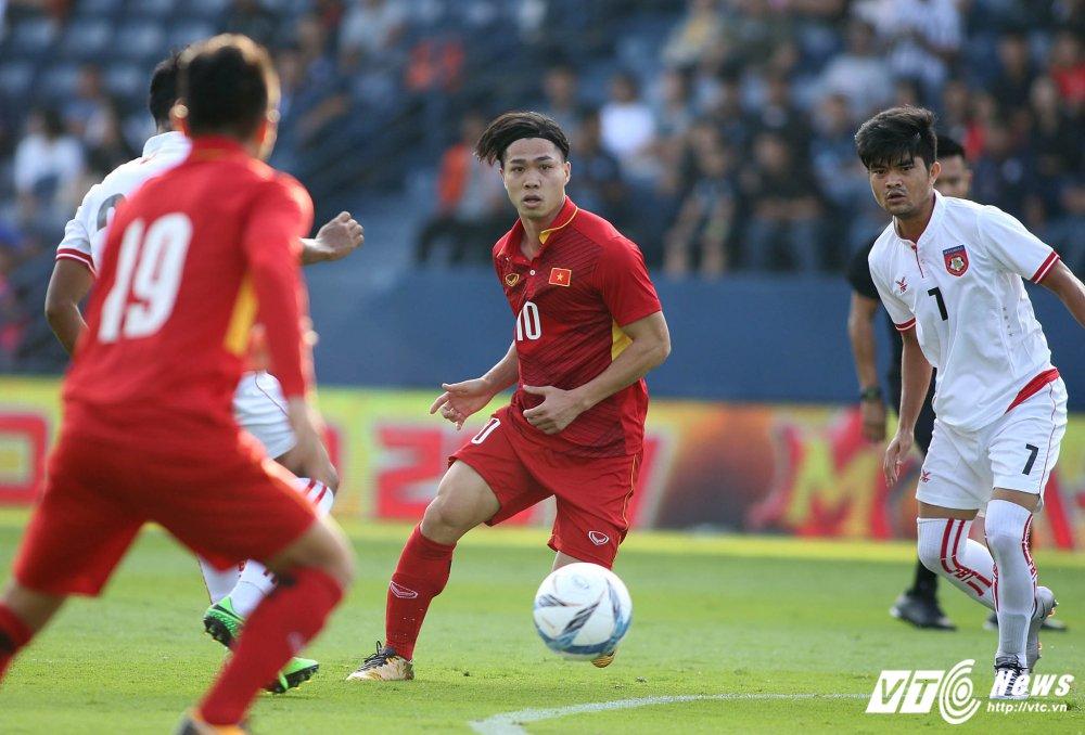 Dung hinh man 'khieu vu' cua U23 Viet Nam tren san bong Ngoai hang hinh anh 10