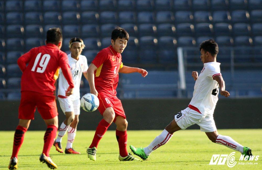 Dung hinh man 'khieu vu' cua U23 Viet Nam tren san bong Ngoai hang hinh anh 18