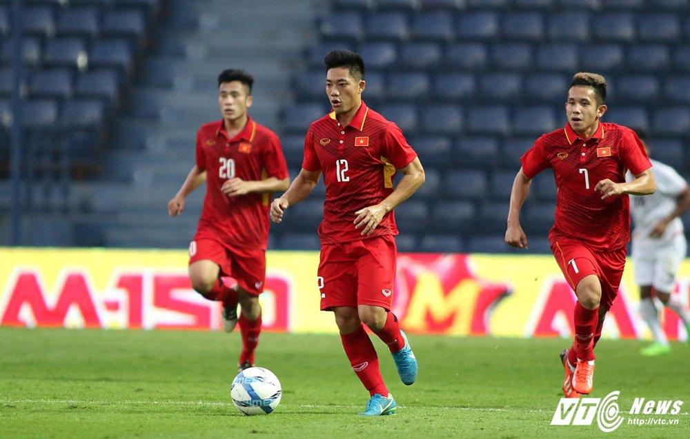 Dung hinh man 'khieu vu' cua U23 Viet Nam tren san bong Ngoai hang hinh anh 20