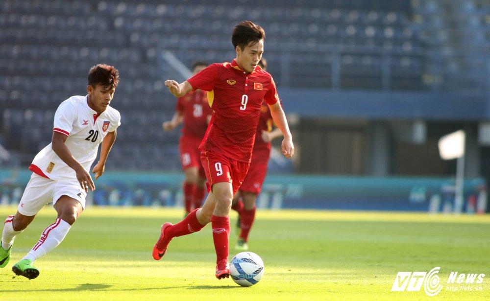 Dung hinh man 'khieu vu' cua U23 Viet Nam tren san bong Ngoai hang hinh anh 6