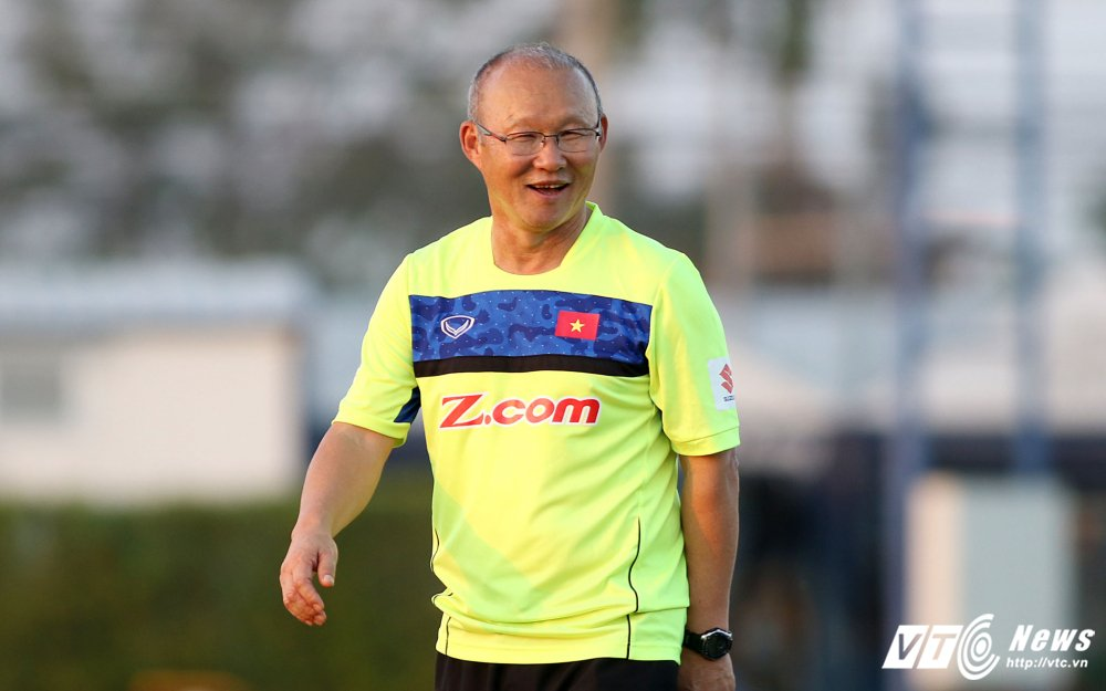 HLV Park Hang Seo: 'Ong bo' tan tuy cua U23 Viet Nam hinh anh 1