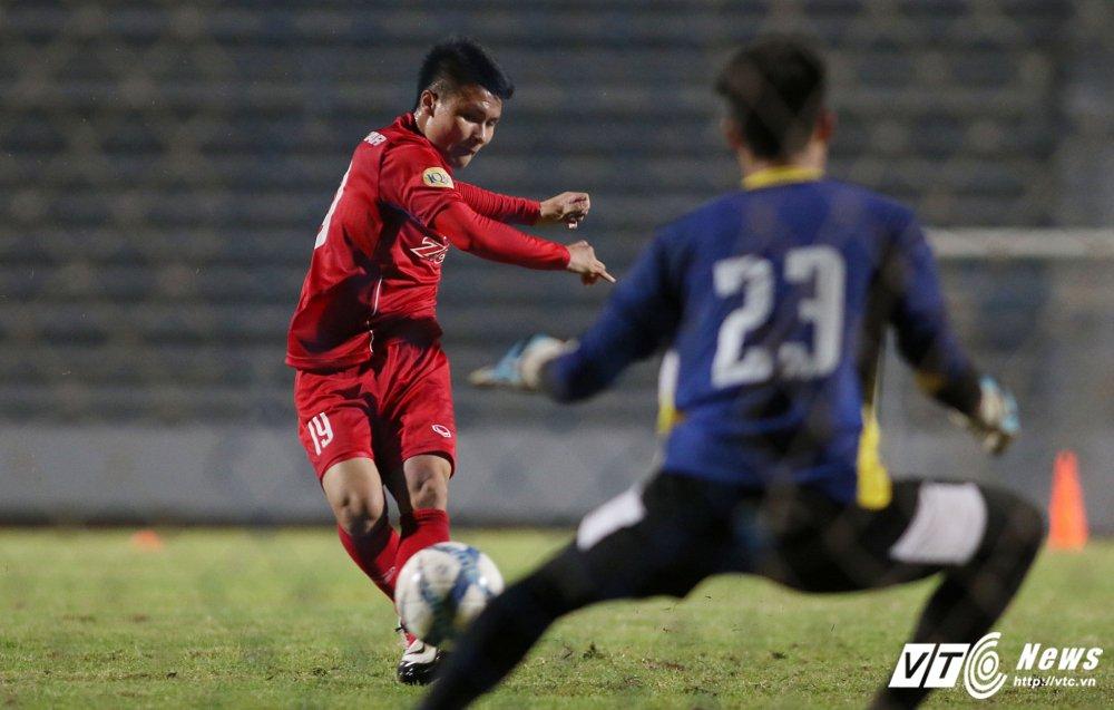 Miet mai tap sut, hang cong U23 Viet Nam van bi 'lac dau' hinh anh 9