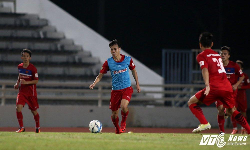 Miet mai tap sut, hang cong U23 Viet Nam van bi 'lac dau' hinh anh 12