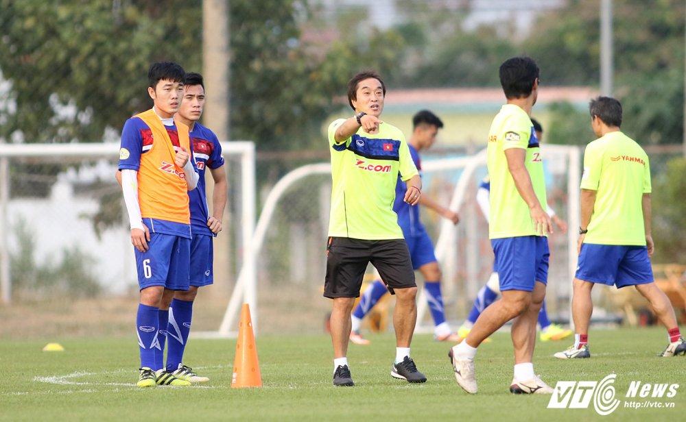 'Trung ve san Tay' la quan bai chien thuat dac biet cua U23 Viet Nam hinh anh 1