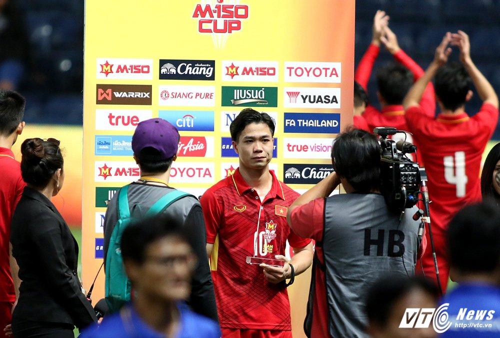 Thang U23 Thai Lan, HLV Park Hang Seo nhay cang vui suong hinh anh 16