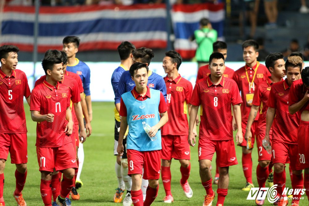 Thang U23 Thai Lan, HLV Park Hang Seo nhay cang vui suong hinh anh 17