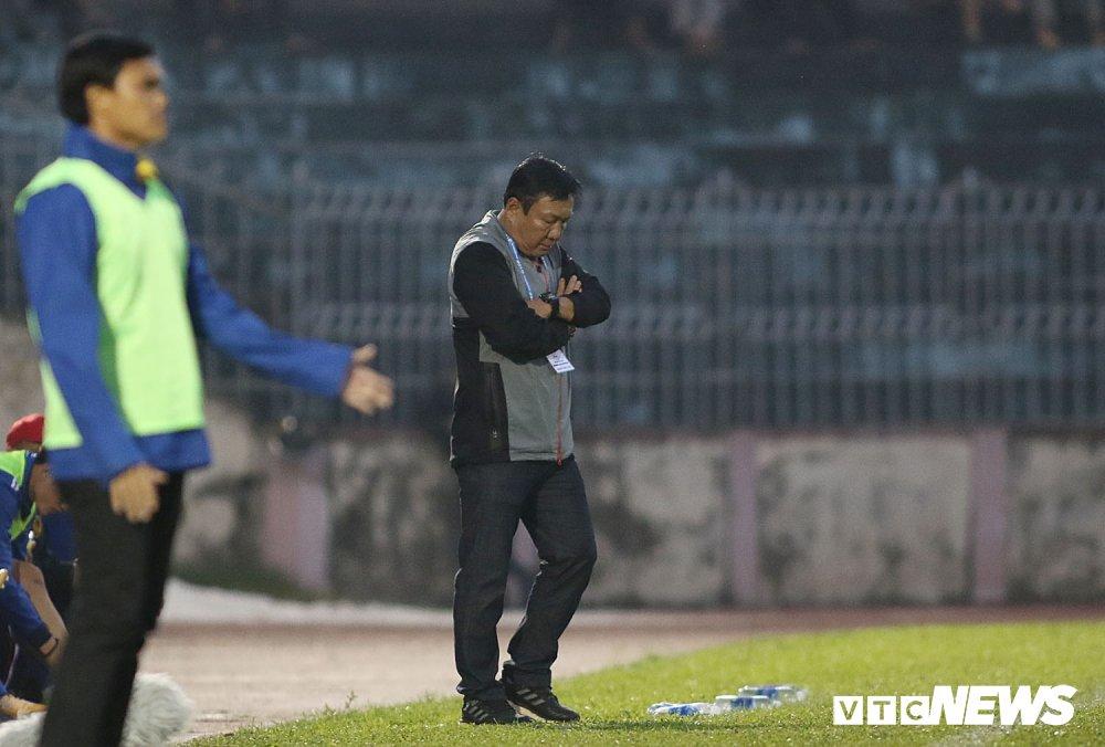 NutiCafe V-League 2018: DKVD Quang Nam danh roi chien thang ngay khai mac hinh anh 13