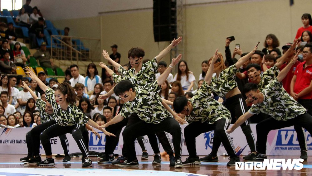 Anh: Nhung bai nhay cuc dep tai Dance Battle VUG 2018 hinh anh 2