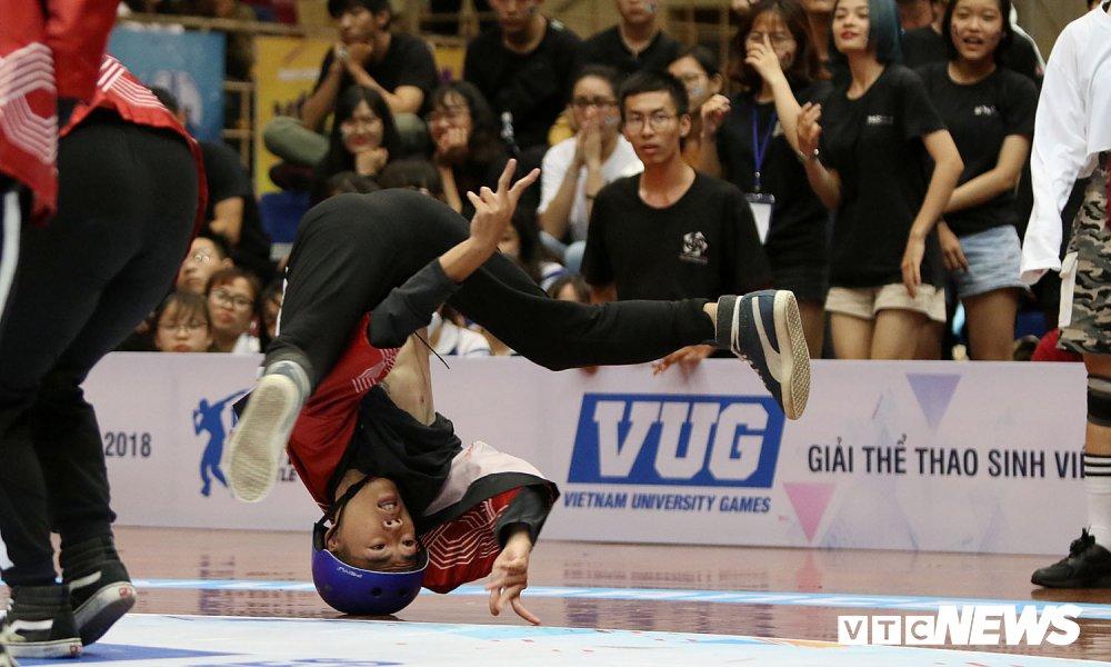 Anh: Nhung bai nhay cuc dep tai Dance Battle VUG 2018 hinh anh 24