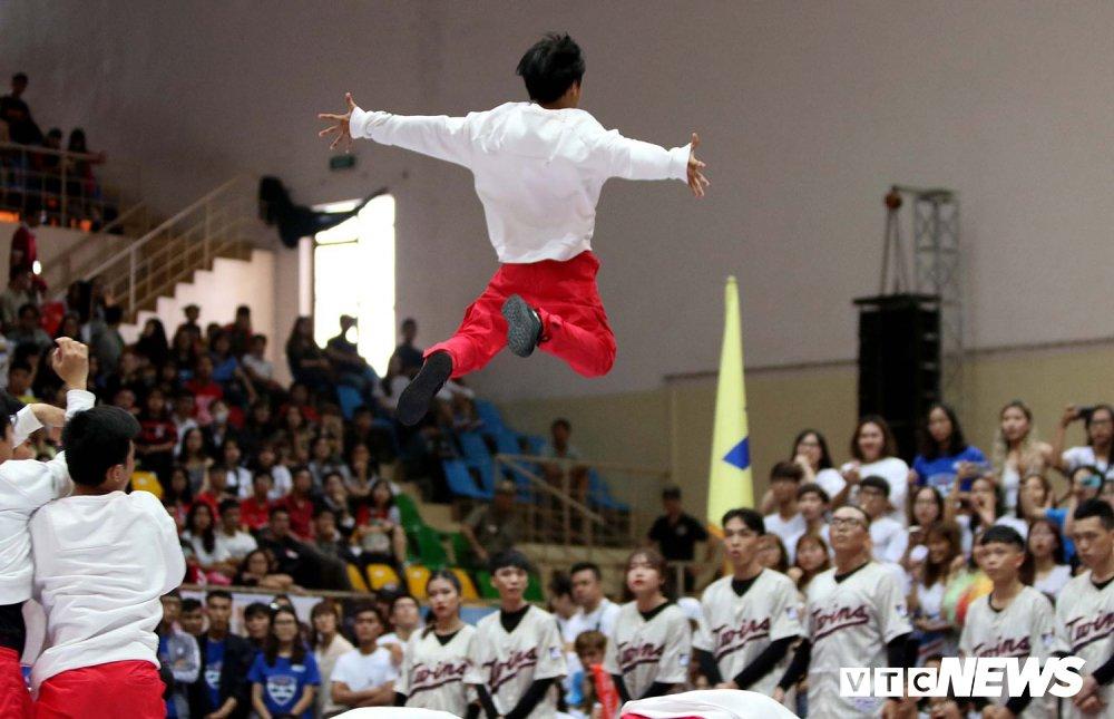 Anh: Nhung bai nhay cuc dep tai Dance Battle VUG 2018 hinh anh 5