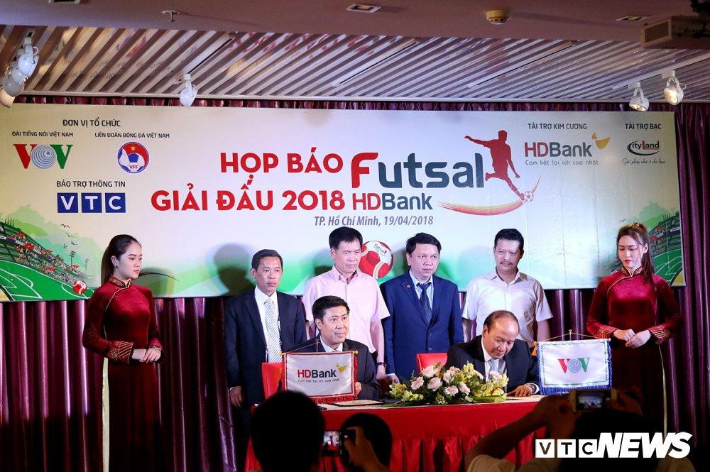 Giai Futsal HDBank VDQG 2018: 2 diem nhan khong the bo qua hinh anh 2