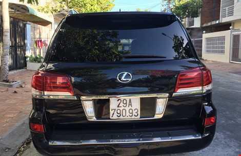 Gan bien xanh cho xe Lexus di muon: Pho Chu tich Hau Giang da tra lai bien hinh anh 2