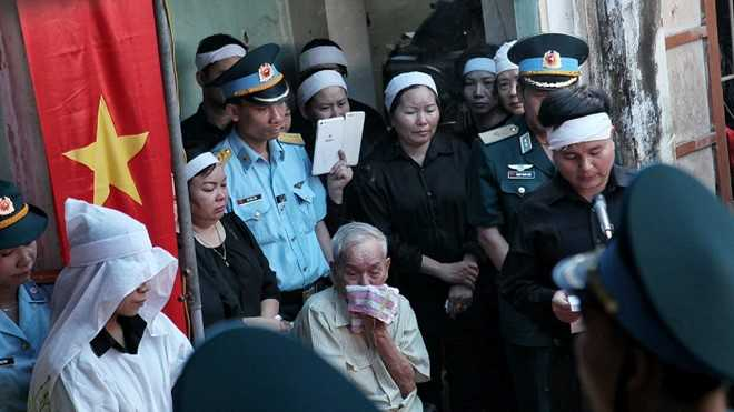 Phi cong Tran Quang Khai duoc truy tang Huan chuong Bao ve To quoc hinh anh 1