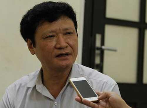 Ong Vu Huy Hoang ky to trinh de xuat phong tang Anh hung Lao dong cho PVC hinh anh 1