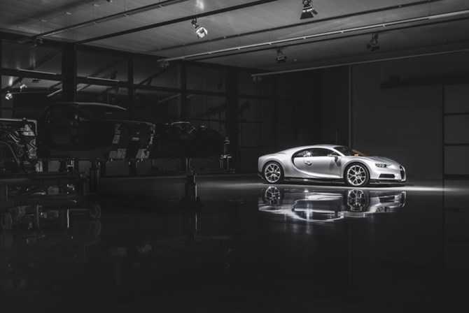 Kham pha qua trinh che tac sieu xe 'trieu do' Bugatti Chiron hinh anh 1
