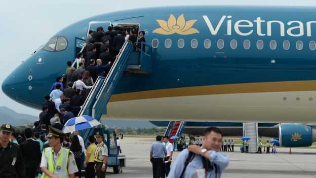 Vietnam Airlines dung 4 chuyen bay do thoi tiet xau hinh anh 1
