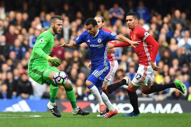 Tham bai truoc Chelsea: Trach ai bay gio day, Mourinho? hinh anh 3
