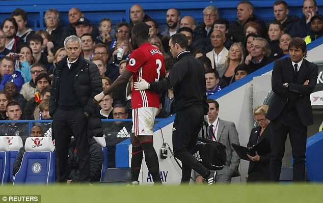 Tham bai truoc Chelsea, Man Utd thiet don thiet kep hinh anh 2