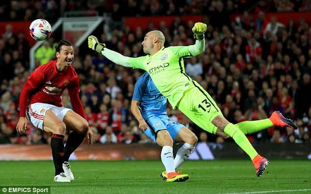 Coi thuong cup Lien doan, Man City tra gia dat hinh anh 4