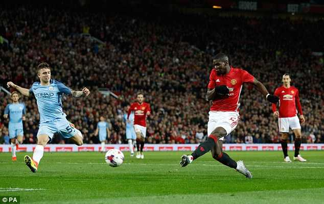 Coi thuong cup Lien doan, Man City tra gia dat hinh anh 3
