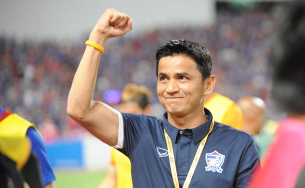 AFF Cup 2016: Kiatisak khiem ton, Singapore that vong sau ban thua phut cuoi hinh anh 1
