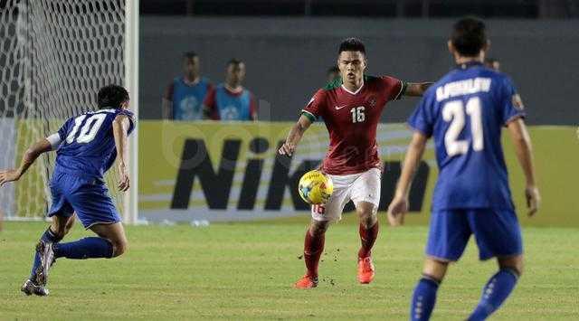 Doi hinh tieu bieu AFF Cup 2016: Thai Lan thong tri, Cong Vinh, Van Thanh lot top hinh anh 4