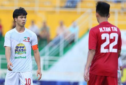 Tu su mo nhat cua Cong Phuong den man toa sang cua Quang Hai: Tiec hon la trach hinh anh 1