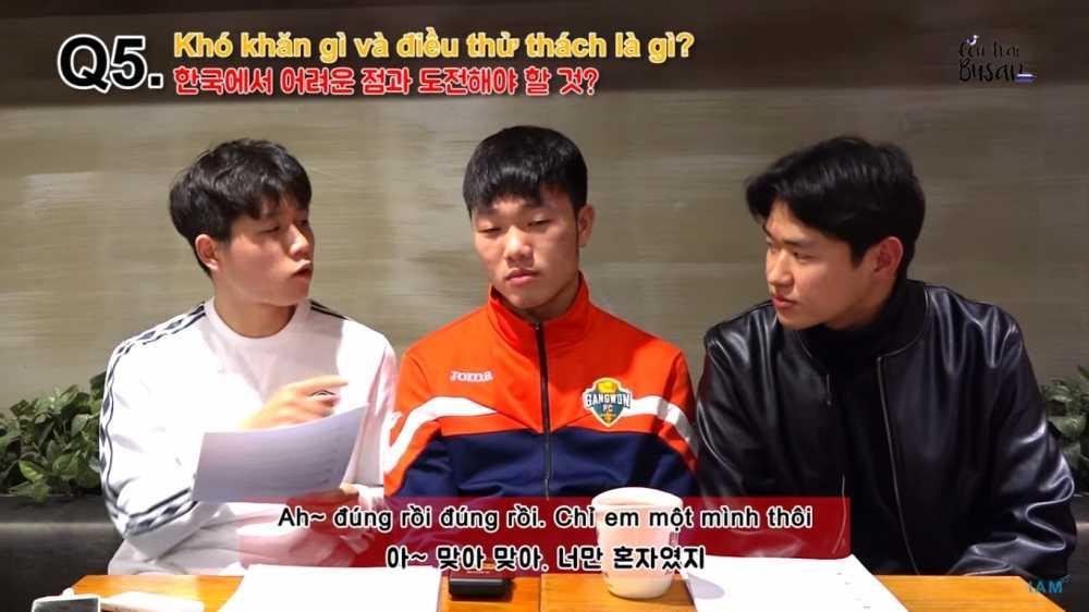 Xuan Truong nho nha, nho HAGL, thich di hoc dai hoc hinh anh 1