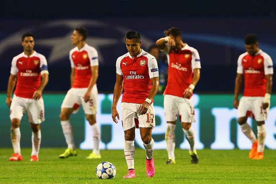 Arsenal loi thoi tai Champions League: Tu chuc thoi, Wenger! hinh anh 1