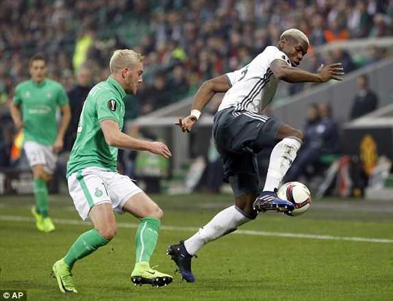 Thi dau thieu nguoi, Man Utd van nhe nhang thang St.Etienne hinh anh 2