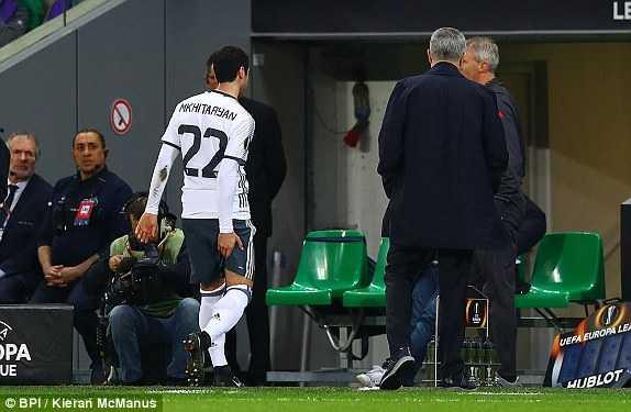 Man Utd tra gia cuc dat cho chien thang tren dat Phap hinh anh 1