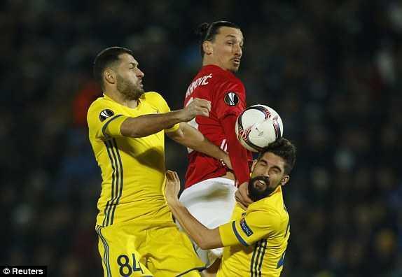 Video Rostov vs MU: Mourinho so thua, MU nhoc nhan cam hoa Rostov hinh anh 2