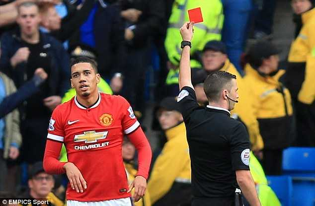 Trong tai Michael Oliver tro thanh noi am anh cua MU the nao? hinh anh 2