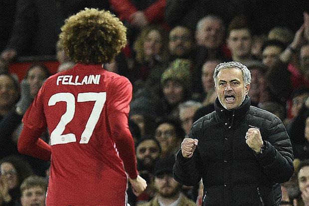 Man Utd ap sat top 4: Mourinho thanh cong nho y tuong cua Van Gaal? hinh anh 4